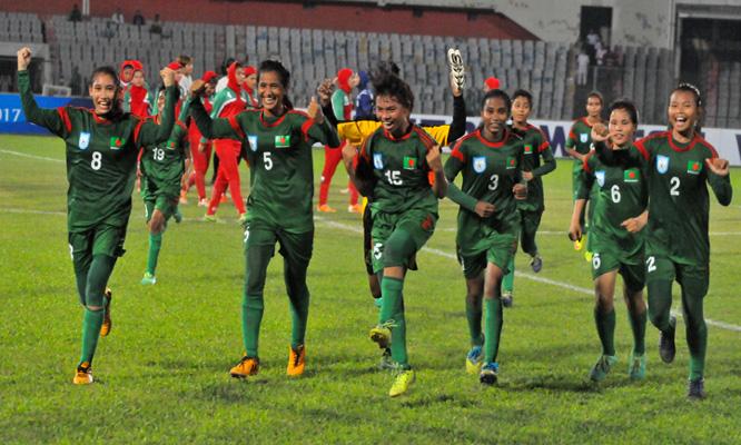 Bangladesh woman football team